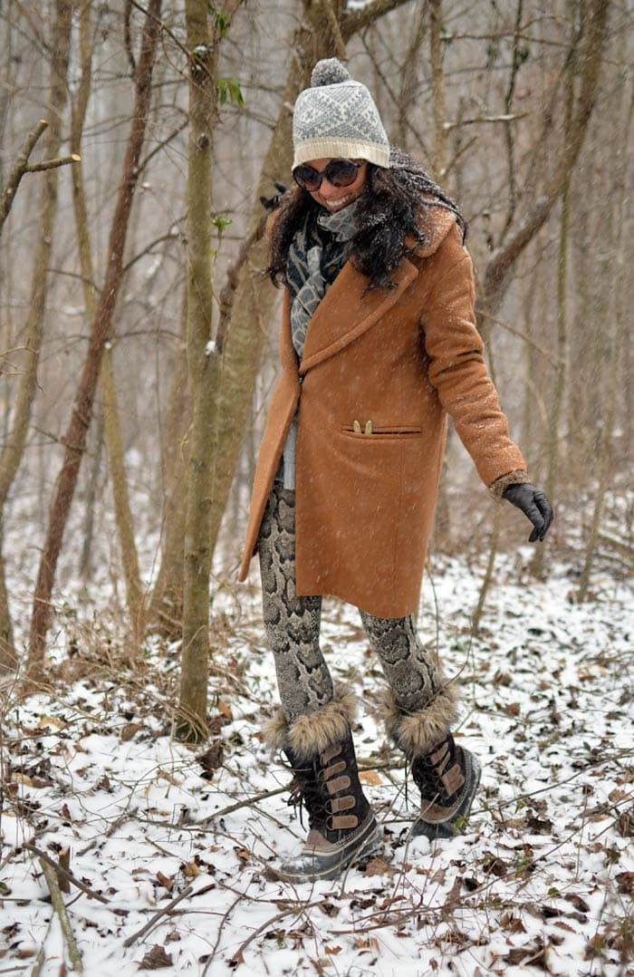 Ideas to wear leggings in winter | 40plusstyle.com