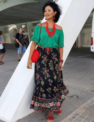boho look inspiration:off shoulder top, maxi skirt, statement necklace | 40plusstyle.com