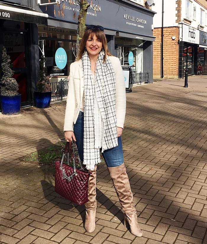 Style inspiration from Lizzi Richardson | 40plusstyle.com