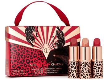 Charlotte Tilbury mini Hot Lips Charms lipstick set | 40plusstyle.com