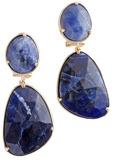 statement earrings for women over 40 | 40plusstyle.com