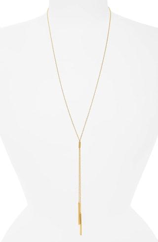 dainty gold jewelry | 40plusstyle.com
