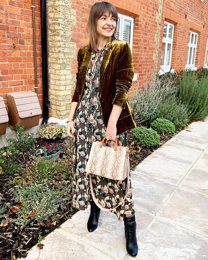 Lizzi wearing a maxi dress, velvet blazer and booties | 40plusstyle.com