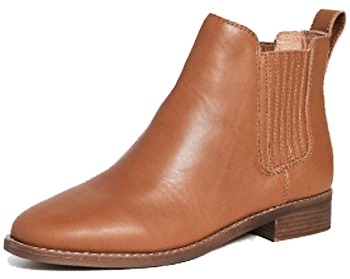 Chelsea boots are a wardrobe classic | 40plusstyle.com