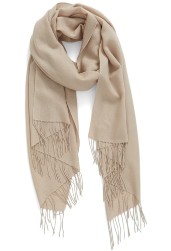 Christmas gift ideas for her: Nordstrom tissue weight wool & cashmere scarf | 40plusstyle.com