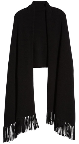 Christmas gift ideas for women: Nordstrom Signature fringe cashmere wrap | 40plusstyle.com