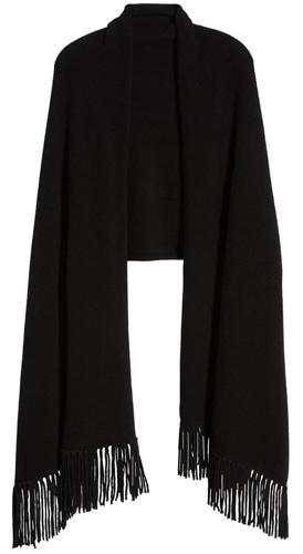 Christmas gift ideas for women: Nordstrom Signature fringe cashmere wrap | 40plusstyle.com
