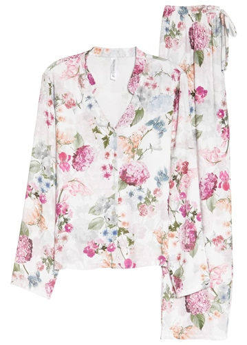 Flora Nikrooz floral print twill pajamas | 40plusstyle.com