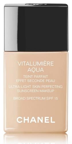 CHANEL Vitalumière Aqua Ultra-Light Skin Perfecting Sunscreen Makeup Broad Spectrum SPF15 | 40plusstyle.com