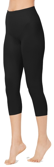 Tummy control leggings: Miraclesuit flexible fit shapewear leggings   40plusstyle.com