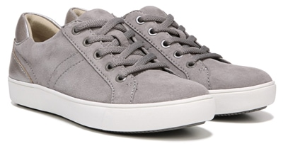 Naturalizer Morrison sneaker | 40plusstyle.com