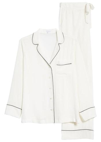 Equipment silk pajamas | 40plusstyle.com