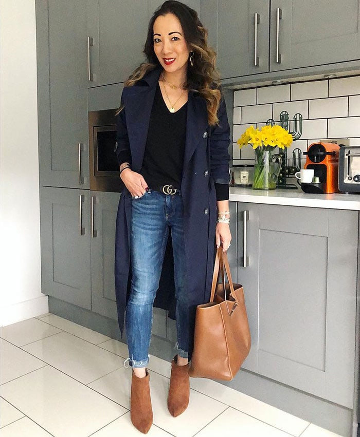 A casual look with a trench coat | 40plusstyle.com