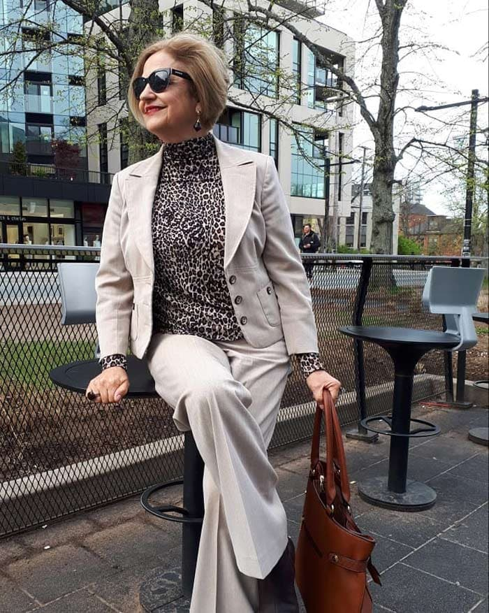Finding outfit inspiration from 40+ community | 40plusstyle.com