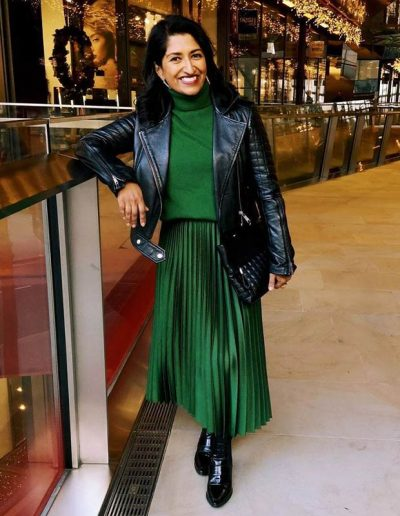 How to wear green | 40plusstyle.com