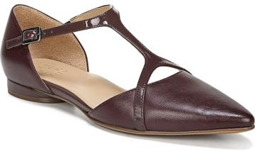 Naturalizer 'Hana' pointy toe flat | 40plusstyle.com