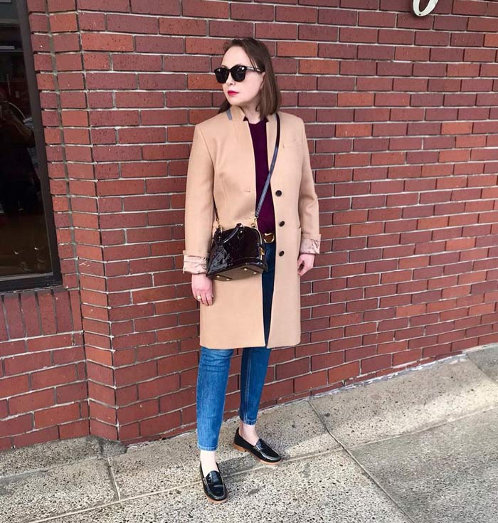 French women prefer to wear flats rather than be uncomfortable | 40plusstyle.com
