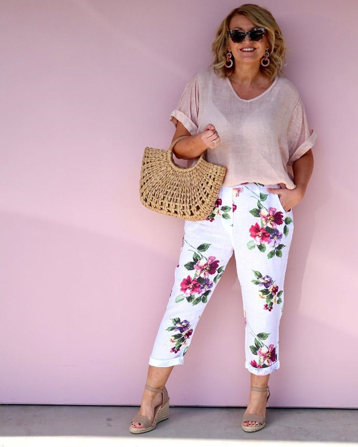 floral cropped pants outfit | 40plusstyle.com