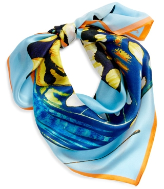 wearing a colorful scarf for the pear shaped figure | 40plusstyle.com