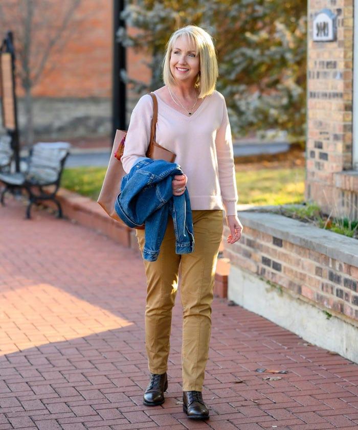 wearing natural fabrics | 40plusstyle.com