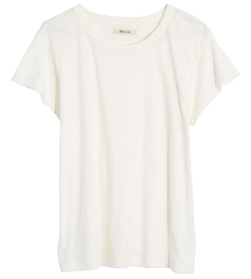 Madewell t-shirt to wear with polka dot outfits | 40plusstyle.com