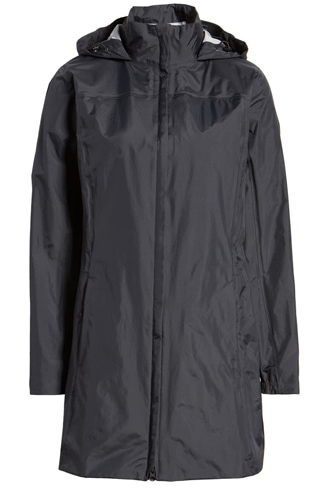 best raincoats for women - Patagonia waterproof raincoat | 40plusstyle.com