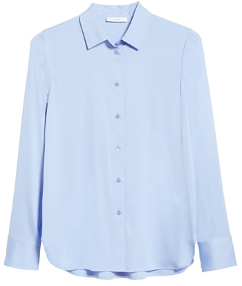 Wardrobe essentials - Vince slim fit stretch silk shirt | 40plusstyle.com