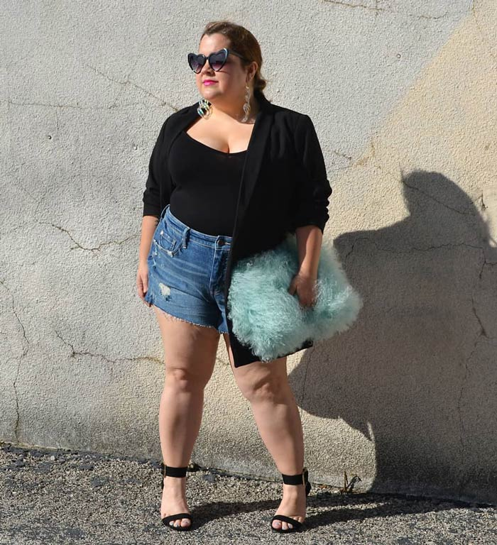 denim shorts worn with a blazer | 40plusstyle.com