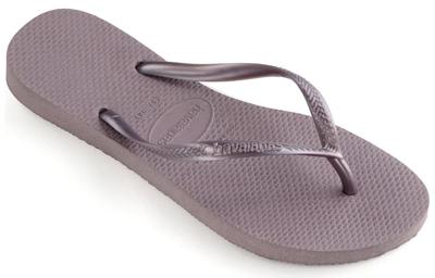 Best flip flops for women - Havaianas slim flip flop | 40plusstyle.com