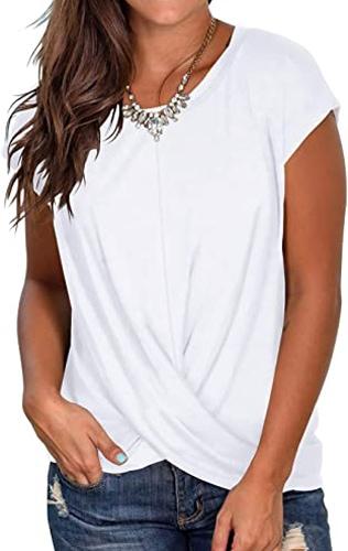 best t shirts for women - Jescakoo front twist shirt | 40plusstyle.com