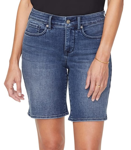 Jean shorts | 40plusstyle.com