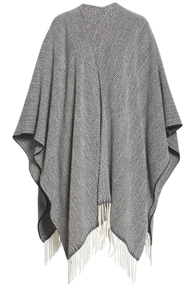 Gift ideas for women over 40 - poncho | 40plusstyle.com