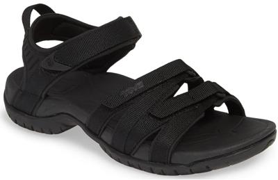 Best women's sandals for walking | Teva sandal | 40plusstyle.com