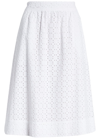 summer skirts for women - White eyelet skirt | 40plusstyle.com