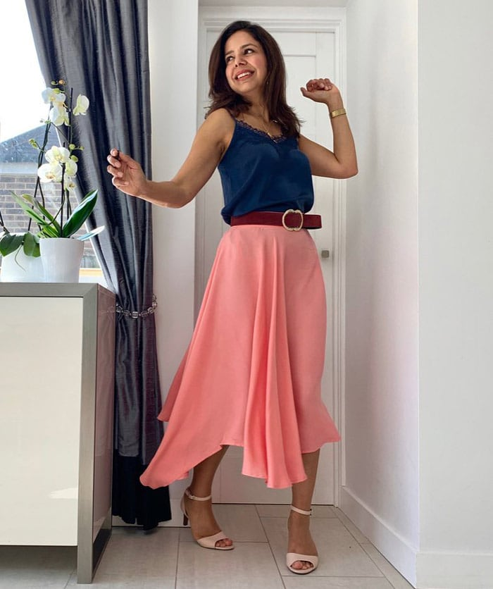 pink and navy outfit | 40plusstyle.com