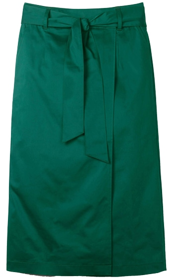 green knee-length skirt | 40plusstyle.com