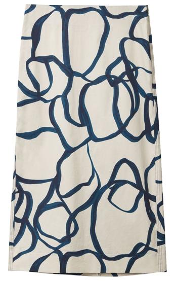 graphic print skirt | 40plusstyle.com