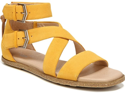 Dr. Scholl's gladiator sandal | 40plusstyle.com