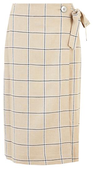 wrap skirt | 40plusstyle.com