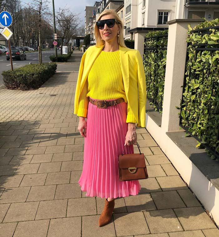 pink and yellow outfits | 40plusstyle.com