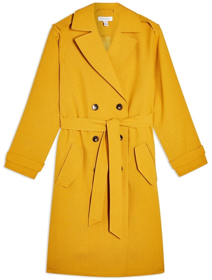 Yellow trench coat | 40plusstyle.com