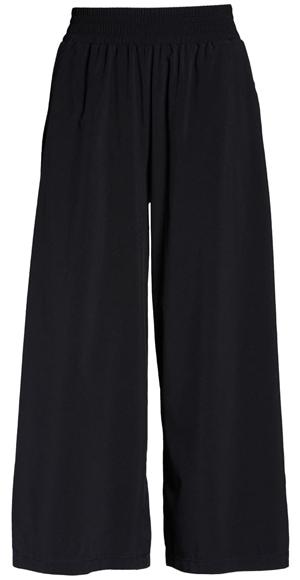 Zella flowy crop wide leg pants | 40plusstyle.com