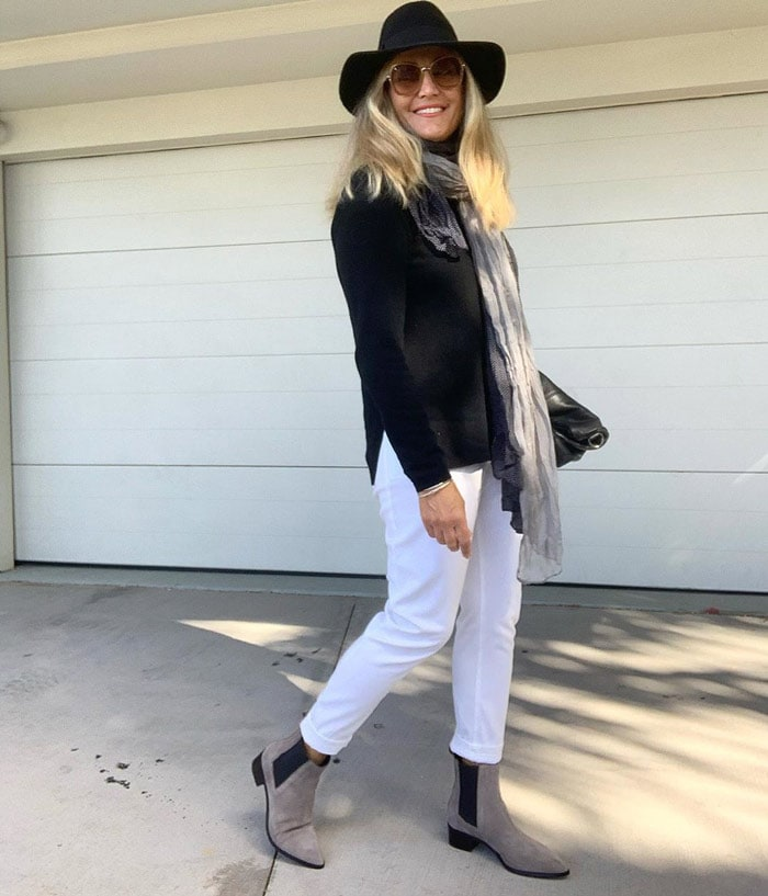 Melinda teaming rock and classic style in her outfit   40plusstyle.com