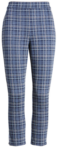 How to wear printed pants - plaid pants for women over 40   40plusstyle.com