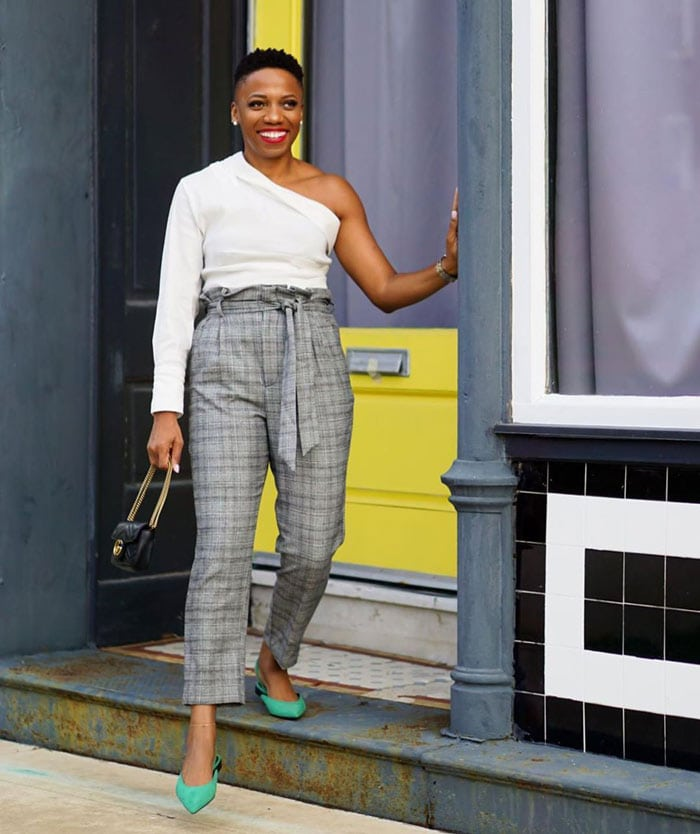 How to wear printed pants - Psyche wears plaid pants with green shoes | 40plusstyle.com
