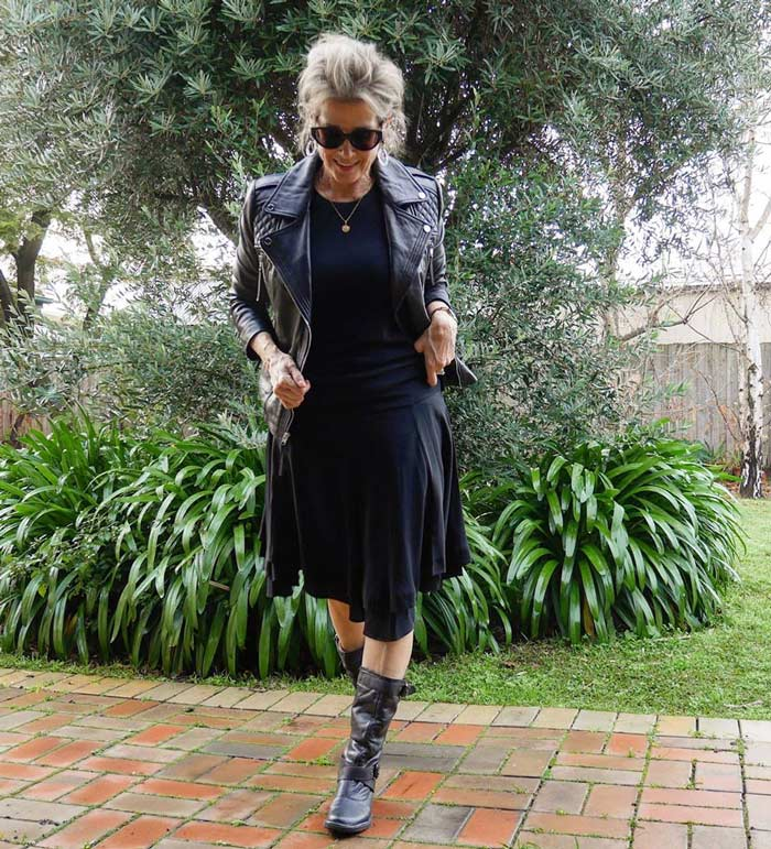 Suzie in an all-black rock style outfit | 40plusstyle.com