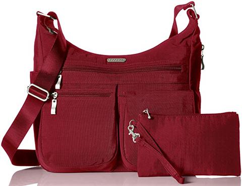 Best travel purses - Baggallini 'Everywhere' bag | 40plusstyle.com