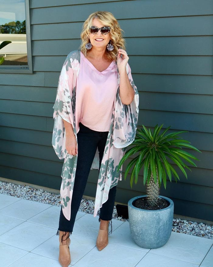 wearing a beach cover up with jeans | 40plusstyle.com
