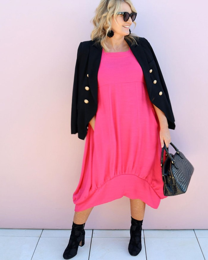 How to wear pink - Bev wears pink and black | 40plusstyle.com
