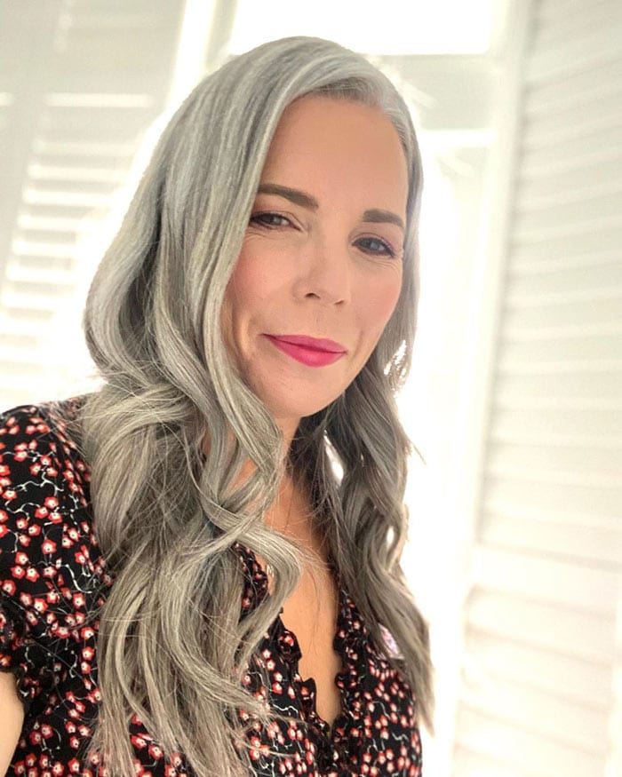 What make up to choose for women over 40 | 40plusstyle.com